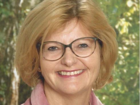 Claudia Genser